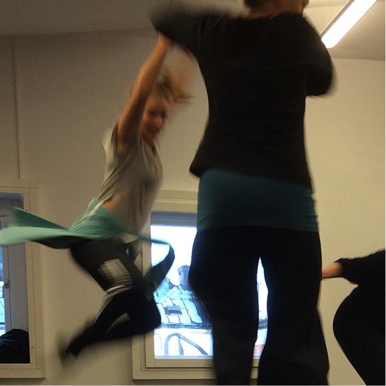 dansare hoppar